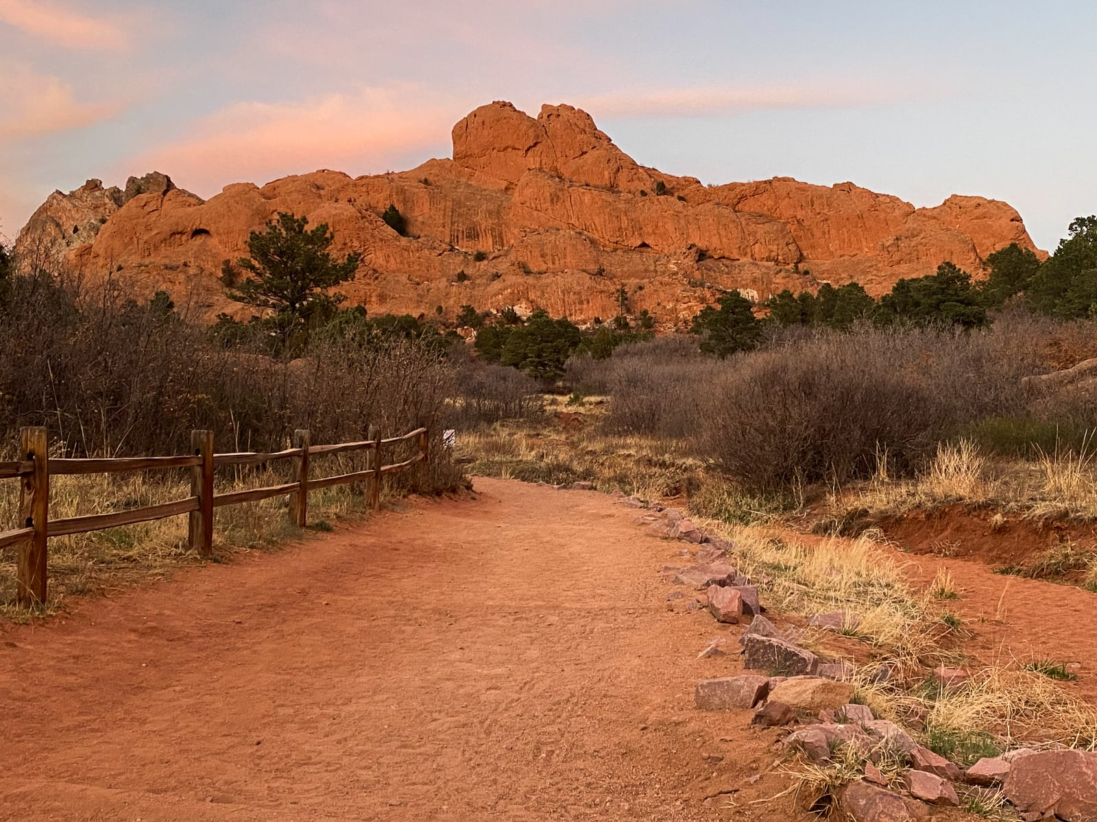 Photo of the trailhead and the sunset on Central Garden, the view from the Scotsman Picnic Area